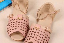 shoessssss!!! / by Karol Kalil