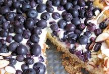 Breakfast Cakes & Coffee Cakes / by Henrietta Newman