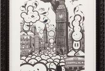 """The London Police / 1998年、グラフィティアーティストとして活動していた3人のイギリス人がアムステルダムで出会い、ロンドンポリスとしての活動が始まった。アムステルダムは世界有数のドラッグシティであり、いたる所にドラッグがはびこった街は外観的にもひどい状態だった。その荒れ果てた街にストリートアートを展開したのがロンドンポリスだった。ロンドンポリスが描くキャラクターは""""LADS""""としてすぐにアムステルダムの街中に広まり、象徴的な存在となった。"""