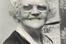 Ann Stansfield MBE / The Founder of the National Association for the Relief of Paget's Disease (Paget's Association)