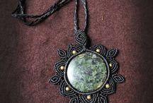 Macramé - náhrdelníky