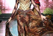 i FASHION #Indonesian Batik #Tenun # Kebaya ♡