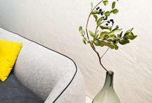 Tavoli e tavolini - Hit / Un tavolino versatile in grado di personalizzare ogni ambiente, originale il traforo sul piano che appare come un ricamo.