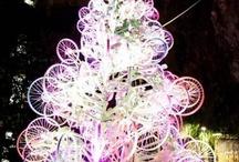 NAVIDAD ECOLÓGICA. ADORNOS NAVIDEÑOS ECO / Árboles de navidad realizados con material reciclado,adornos navideños realizados con materiales naturales, adornos reciclados, ideas creativas ecológicas, materiales naturales, biodegradables