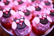 cupcakes / by Tracy Langslet