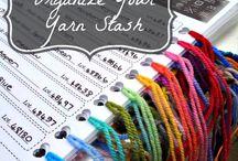 Organisation fils et tissus / Quelques idées afin de pouvoir organiser votre stash de laine et garder une trace des fils utilisés.