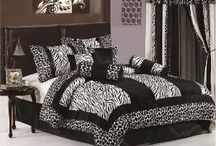 Zebra Comforter Sets: Purple, Pink, Green, Brown, Black, White, King, Queen / The Article represents all the lovely comforters of zebra shade in some beautiful colors so that you can pick the very loving zebra comforter.