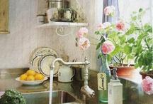 { Kök ~ Kitchen } / Inspiration for Kitchen, Shabby, White, Vintage, Country style Kök, lantlig, vitt, pärlspont,