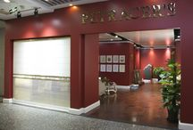 Showroom / We present here some of our showrooms around the world