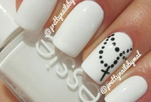 Nails / by Janna Lux