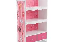 Closet to Dolls