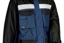 ROPA DE FRÍO Y LLUVIA / La ropa de abrigo para trabajar que te proponemos es ideal contra el frío, lluvia y otras condiciones adversas. Protégete del frío con nuestras prendas de excelente calidad y diseño.