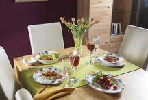 Dinner Time! / Ihr wollt ein ganz besonderes Abendessen? Dann seid ihr hier genau richtig! Wir zeigen euch tolle Tischdeko, traumhaftes Geschirr, einzigartige Gläser und viele weitere Accessoires für euer Dinner.