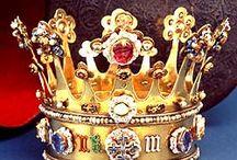 Crown and Nobility ..  Corone e Nobiltà