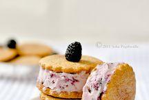 Desserts / by Norma Bobadilla