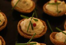 Lempeät eväät - Suolukoita, piirakoita, voileipäkakkuja / Valmistamiamme erilaisia pieniä suolaisia tarjottavia arkeen ja juhlaan.