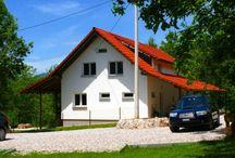 Ferienhäuser in Kroatien / Hier finden Sie eine Auswahl der komfortablen Ferienhäuser, die man derzeit bei Kroatien-Liebe buchen kann. Viel Spaß beim Stöbern!
