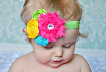 Crafts-Bows & Headbands / by Alexia