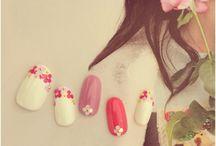母 nail