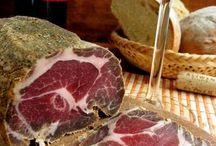 Бекон,сыровяленое мясо