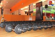 Cours de Body Pump Paris - Evenement Cercle Ornano / Lors de la journée du 7 Avril 2013, nous avons présenté l'ensemble des nouvelles chorégraphies LesMills aux adhérents des Cercles de la Forme à Paris. Pour plus d'informations sur les cours de Body Pump à Paris  http://www.cerclesdelaforme.com/fr/body-pump-paris/  #bodypump #cours #fitness #paris