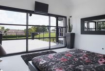 Ma maison chic en noir / L'alu c'est #design ! Découvrez dans ce tableau comment une maison peut être chic en noir grâce à l'#aluminium!