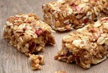 Superfood snacks and nibbles / Healthy nutritious superfood snacks and light bites