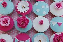 Cupcakes / by Nurit Zodrow