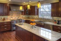 Home Decor - Kitchen Remodel / by Jessica Hohler