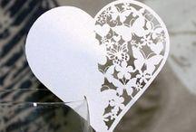 carte de verre,porte noms ,marque place coeur ,decoration table  mariage