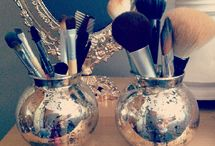 Home Decor: Vanity and Make-up Storage