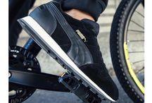 Puma spor ayakkabı modelleri / Alman devi Puma, bayanların ve erkeklerin favori markası. Şık, modern, etkileyici tasarımları ve sıradışı görünüşleri ile sizi farklı hissettiren Puma spor ayakkabı modelleri hem ortapedik ve yumuşak hem de ayak sağlığınız için kaliteli modelleri bünyesinde barındırıyor.