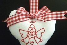 Angels / Country, Christmas, folksy angels that are easy to stitch