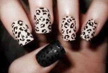 Nail Art  / The beauty of a woman is high-lighted in her hands.
