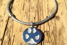 Paw Print Jewelry   Pet Jewelry / Jewellery with your pet's paw print or photo. Made from ink prints, photos of paws, photo of cast paw prints, or photo of your pet.