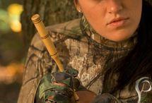 Hunting Ladies