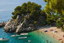Dalmácia / Dalmácia  vonzereje az egyedülálló tenger, partvidékéke gyönyörű strandok, valamint  városok; Zadar, Šibenik, Trogir, Split, Dubrovnik stb.  Tizi Travel,http://tizi.hu/utjaink/europa/horvatorszag/, tizi@tizi.hu, T: 06 70 381-5786