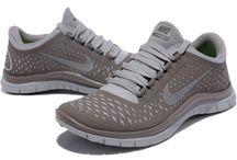 Damen Nike Free 3.0 V4 / by Renato Awalt