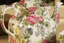 English Roses tea pot