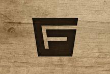 logos i love / by Cris Pruser
