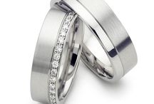 wedding rings / platinum wedding rings