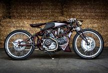 + Moto + / Quand le Design rencontre le deux roues #moto / by Blog Esprit Design