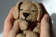 Stickmönster / Sleeping puppy knitting