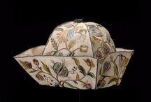 Looking for a 18th century banyan and negligee cap