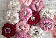 Цветы изткани