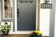 #DoorPorn / Front doors and installing doors