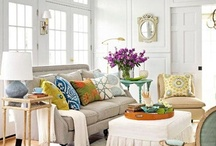 Pillow Talk! / Great mix of pillows for a sofa or a bed