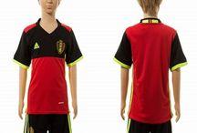 Billige fodboldtrøjer Belgien til børn / Køb billige Belgien fodboldtrøjer til børn online med oplag. Vi leverer nye Belgien billige fodboldsæt børn med lav pris og hurtig levering. Køb nu!
