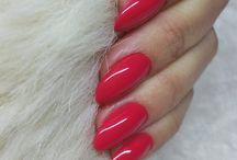 Piros körmök / Red nails
