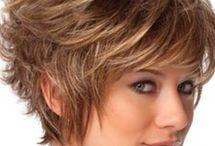 cabelos grisalhos curtos
